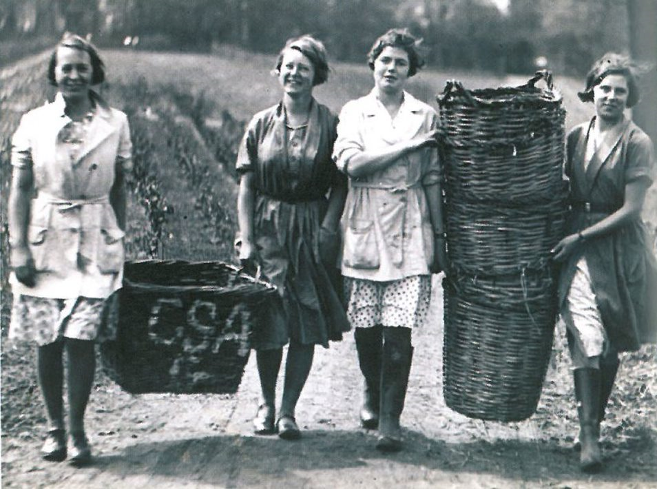 Land girls with veg baskets - Reaseheath College